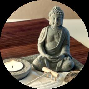 Philosophie-Budda-mit-Kerze